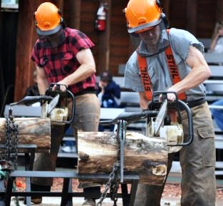 The powersaw race at the Ketchikan Lumberjack Show
